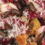 Radicchio salade met kikkererwten en olijven