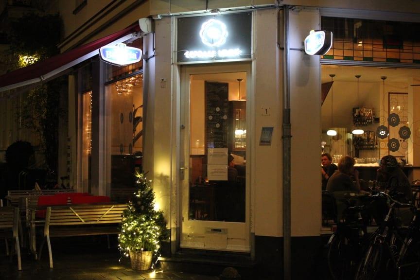 Look - een bijzonder restaurant - bij nacht