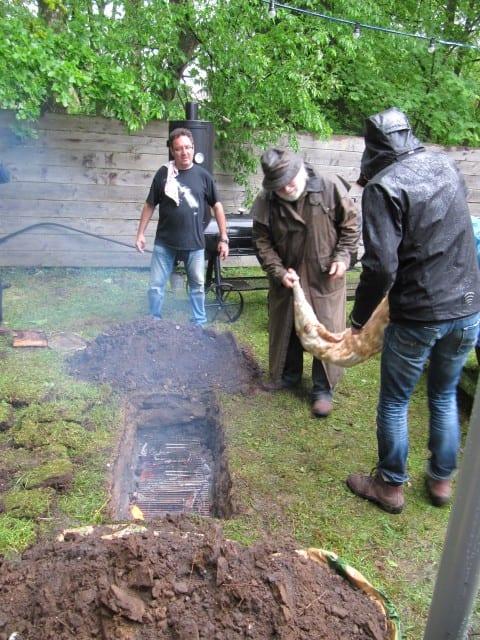 Barbecoa 10 – half schaap er op – oh nee!