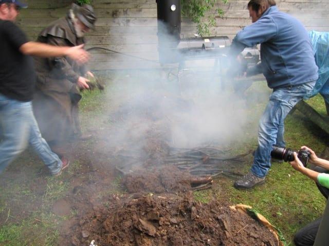 Barbecoa 14 – graszoden omgekeerd er op