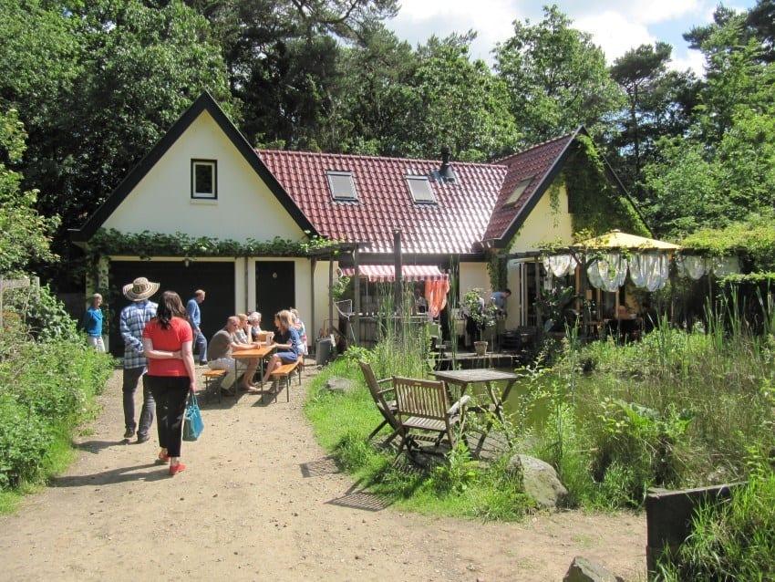 Gastenhuis waar koffie, thee en taart (Custom)