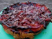 Tarte tatin van biet en rode uienconfituur - taart zonder feta.jpg