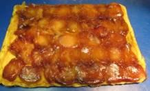 Appel tarte tatin met butterscotchsaus - de hele taart.jpg