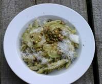 Pasta met courgette en pistachenoten 1.jpg